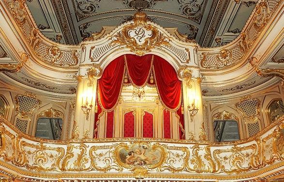 Tour to Yusupov palace