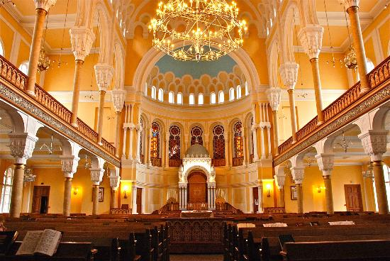 Tour to Choral synagogue
