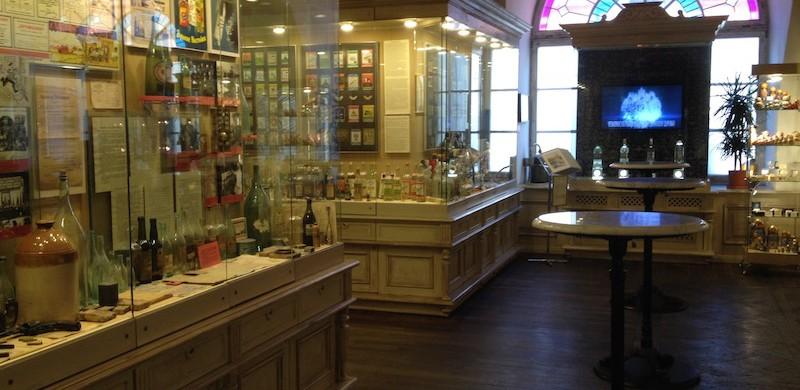 Bar and gift shop